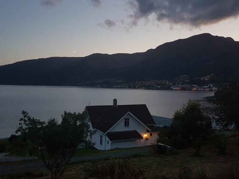 Fiordes Noruegueses Balestrand Cel (3)