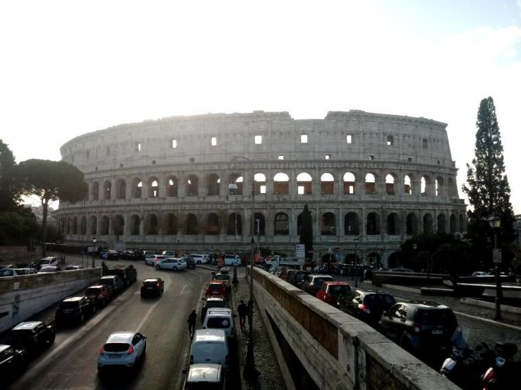 Roma - Dani Santoro - Coliseu